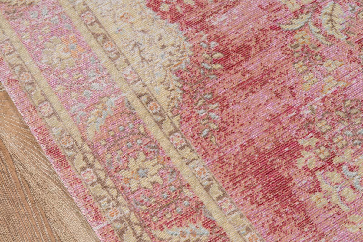 Momeni isabella isa 1 pink rug for Momeni rugs