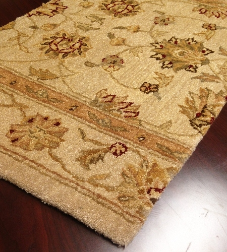 Patina 07 Antique Ivory Traditional Carpet Stair Runner