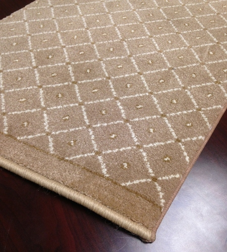 Como 782 Beige Carpet Stair Runner