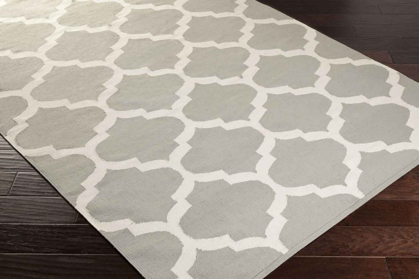 Artistic Weavers Vogue Everly Awlt3004 Grey White Area Rug