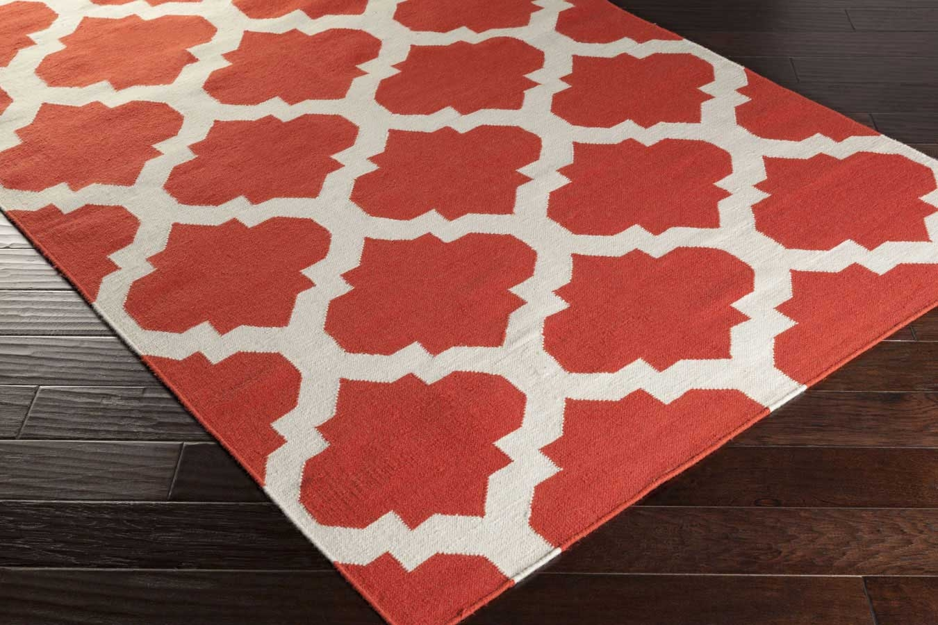 Artistic Weavers York Harlow Awhd1030 Coral White Area Rug