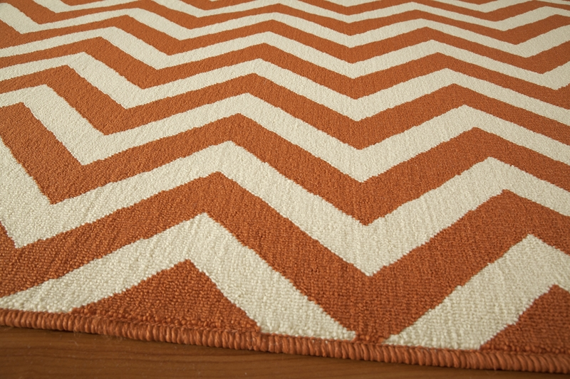Baja BAJ-09 Orange Rug by Momeni