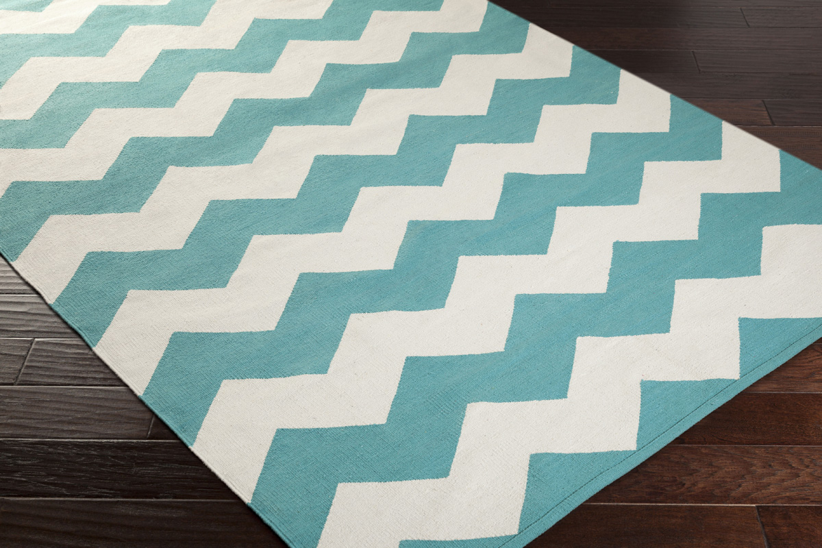 Artistic Weavers Vogue Collins Awlt3022 Teal White Area Rug