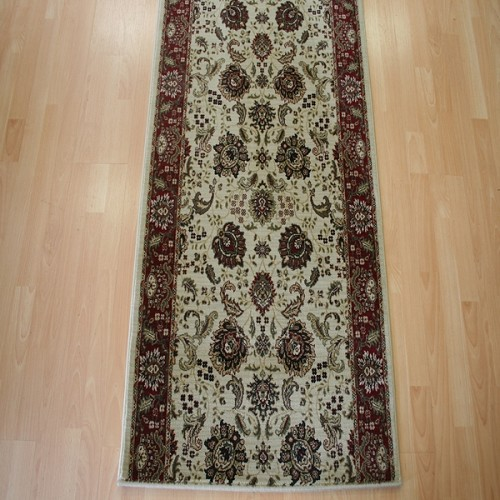 "31"" x 7'9"" Runner - Halen Collection - 100% Polypropylene"
